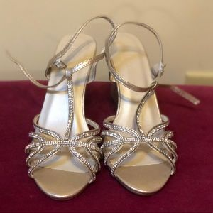 New without box David's bridal gold wedges